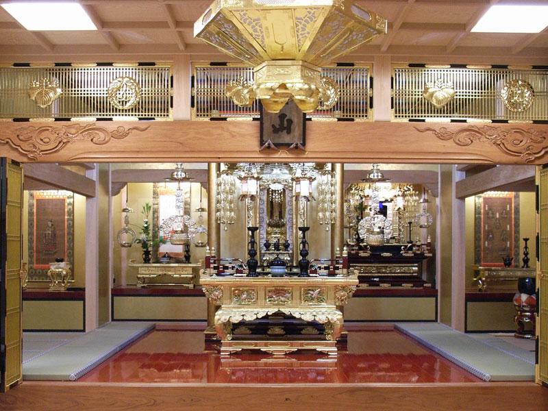 新たな機能や価値をプラスし、建て替えで生まれ変わった寺院本堂
