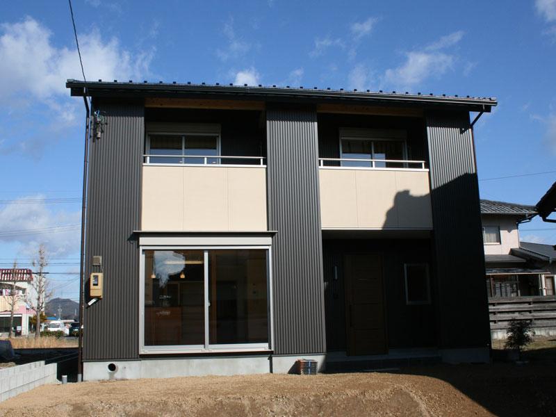 高性能・快適性を兼ね備えた末永く住み継いで頂ける住宅