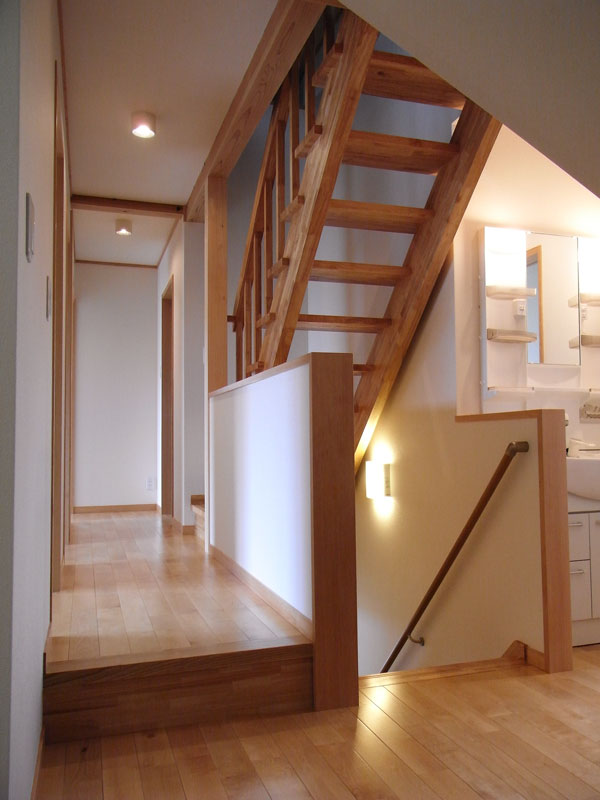6人家族のための広々とした大空間が特徴の家